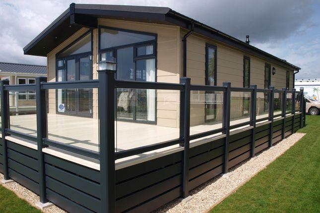 Thumbnail Lodge for sale in Edingworth Road, Edingworth, Weston-Super-Mare