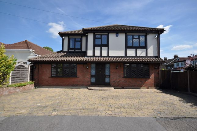Thumbnail Detached house to rent in Poole Road, Hornchurch