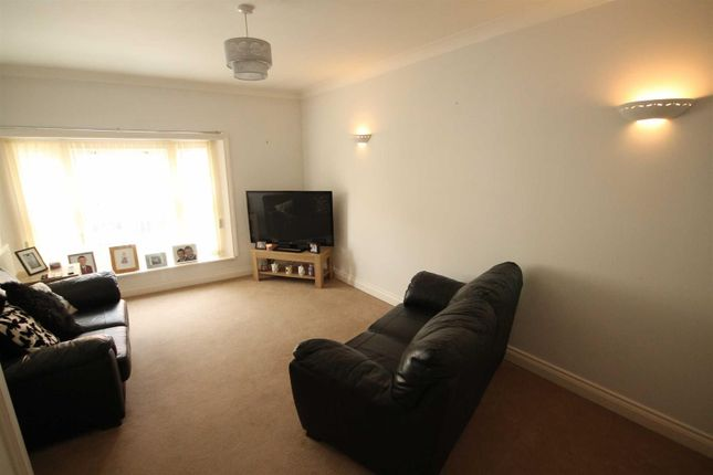 Thumbnail Flat to rent in Hope Street, Crook