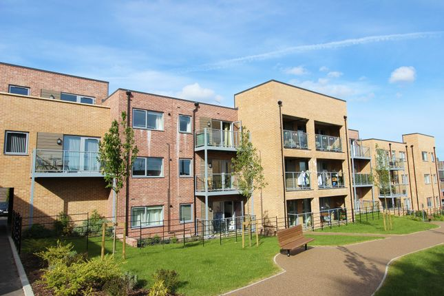 2 bed flat for sale in Discovery Drive, Swanley, Kent BR8