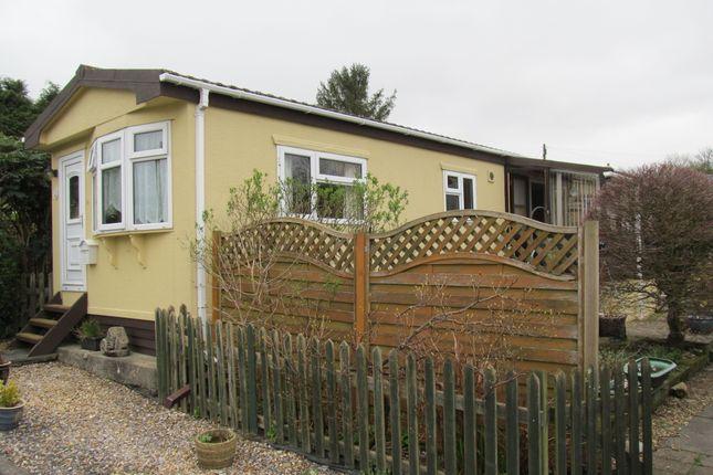 Thumbnail Mobile/park home for sale in Silent Woman Park, Moorshop, Tavistock, Devon, 9Lq