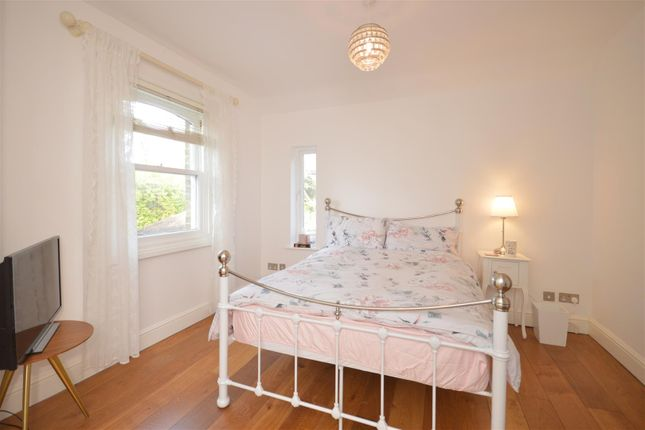 Master Bedroom of Woodland Way, Kingswood, Tadworth KT20