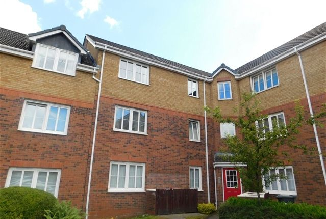 Thumbnail Flat to rent in Oldwood Place, Livingston