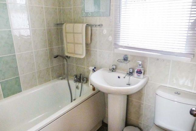 Bathroom of Beach Road, Scratby, Great Yarmouth NR29