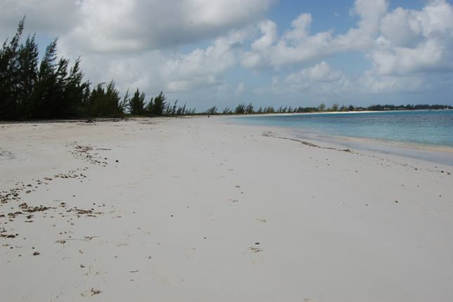 Land for sale in Sugar Loaf Settlement, The Bahamas