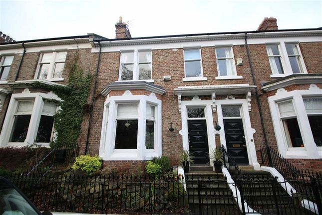 Thumbnail Town house to rent in Trinity Road, Darlington, County Durham