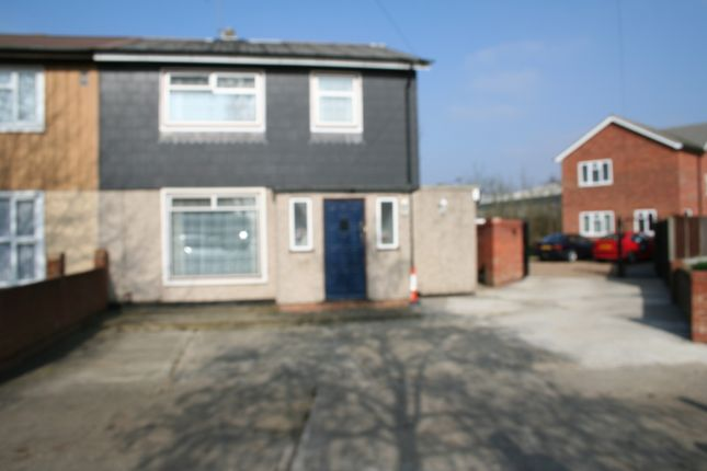 3 bed semi-detached house to rent in Stormount Drive, Hayes