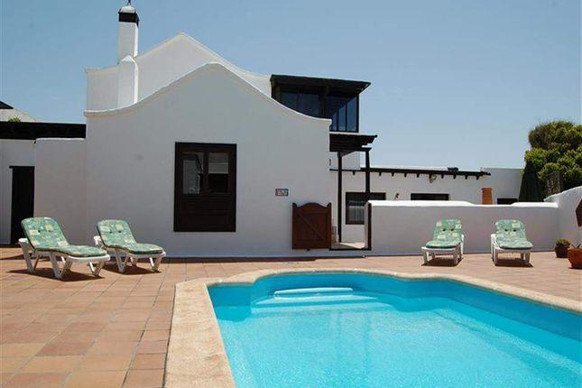 4 bed villa for sale in Oasis De Nazaret, Lanzarote, Spain