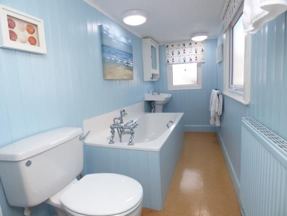 Bathroom of West End, Beaumaris, Anglesey, North Wales LL58