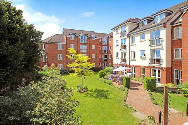Thumbnail Flat to rent in High Street, Edenbridge
