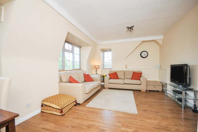 Thumbnail Flat for sale in Dunfield Gardens, London