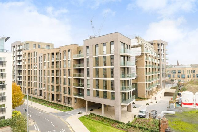 1 bed flat to rent in Seven Kings Way, Kingston, Kingston Upon Thames KT2