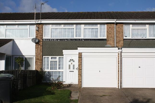 Thumbnail Terraced house to rent in Denham Close, Hemel Hempstead