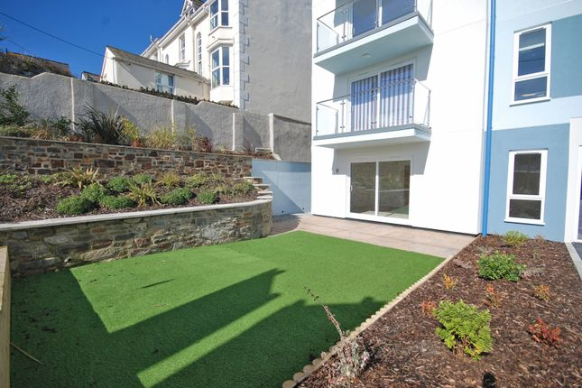 Thumbnail Flat for sale in Bay View Road, Northam, Bideford