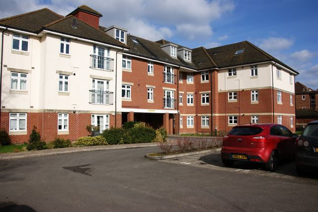 Thumbnail Flat for sale in Flat 20, The Embankment, Southampton