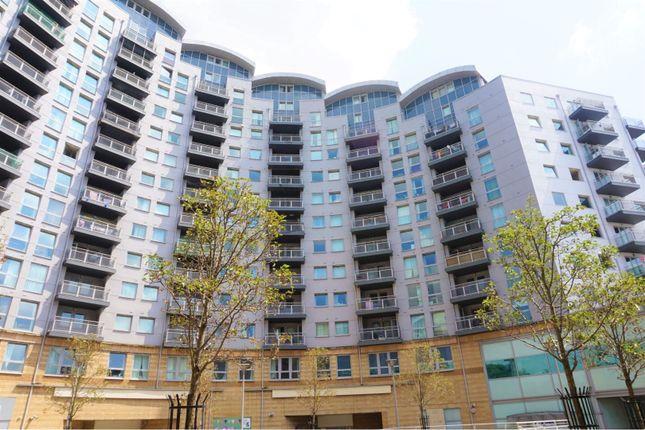 Thumbnail Flat to rent in Alencon Link, Basingstoke