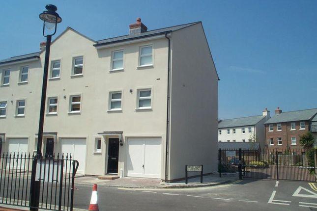 Thumbnail Property to rent in Surrey Street, Littlehampton, West Sussex