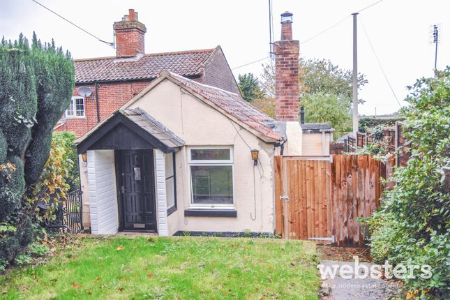 Thumbnail Cottage for sale in Drayton High Road, Drayton, Norwich
