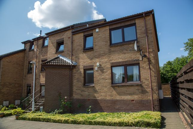 Thumbnail Flat for sale in The Kyles, Kirkcaldy