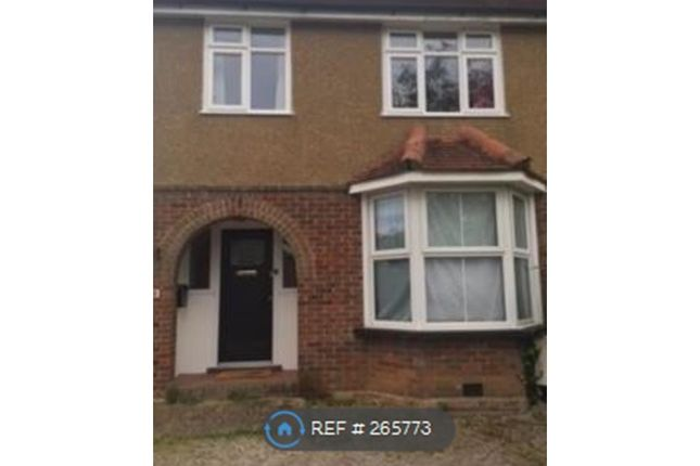 Thumbnail Semi-detached house to rent in Berkeley Ave, Chesham