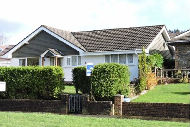 Thumbnail Detached bungalow to rent in Waun Sterw, Rhydyfro, Pontardawe, Swansea