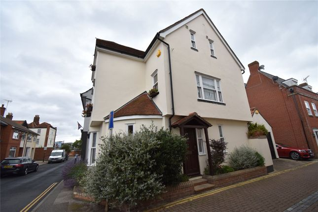 Picture 15 of Kings Head Street, Harwich, Essex CO12