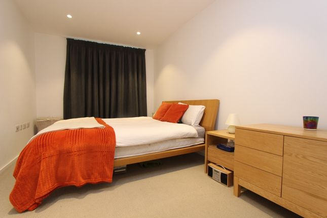 Thumbnail Flat for sale in Copperlight Apartments, Buckhold Road, Wandsworth