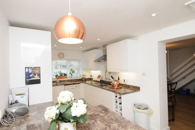Thumbnail Semi-detached house to rent in Periam Close, Henley-On-Thames