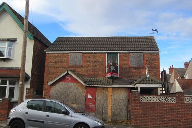 Light industrial to let in Roberts Street, Grimsby