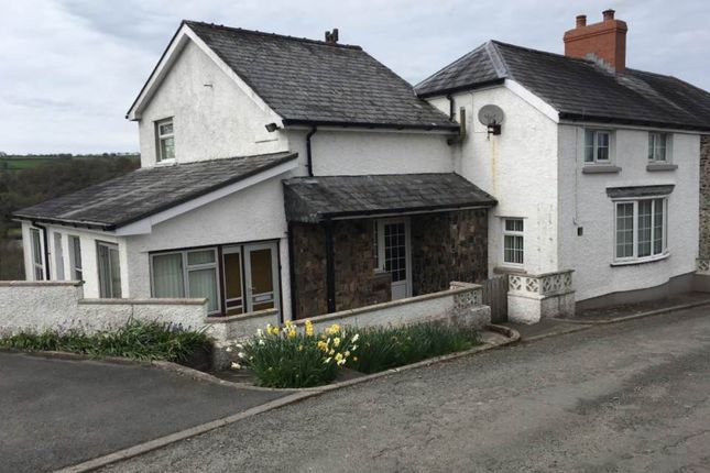 Thumbnail Property to rent in Cilrhiw Uchaf, Maesycrugiau, Pencader