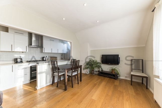 Thumbnail Flat to rent in Tff, Woodchurch Road, South Hampstead