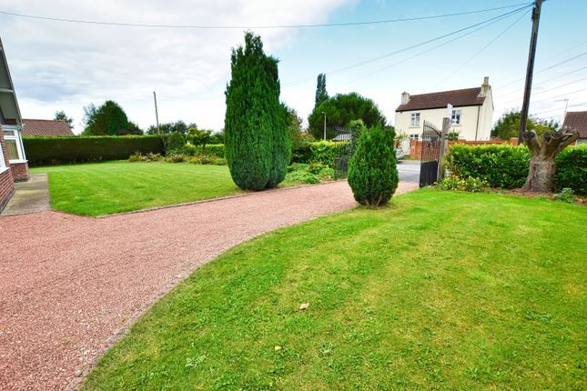 Thumbnail Detached house for sale in Godnow Road, Crowle, Scunthorpe