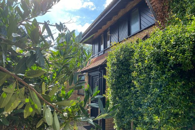 Thumbnail Property for sale in Friars Mead, London, London