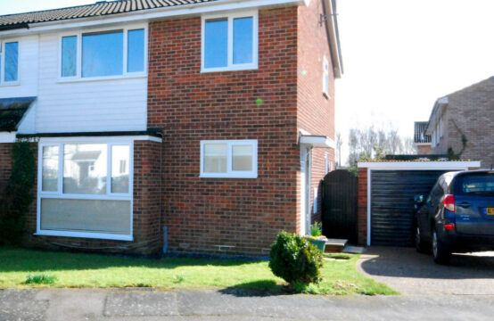 Thumbnail Semi-detached house to rent in Heron Road, Kelvedon, Colchester