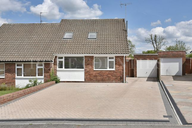 Thumbnail Bungalow for sale in Wellesley Crescent, Potters Bar