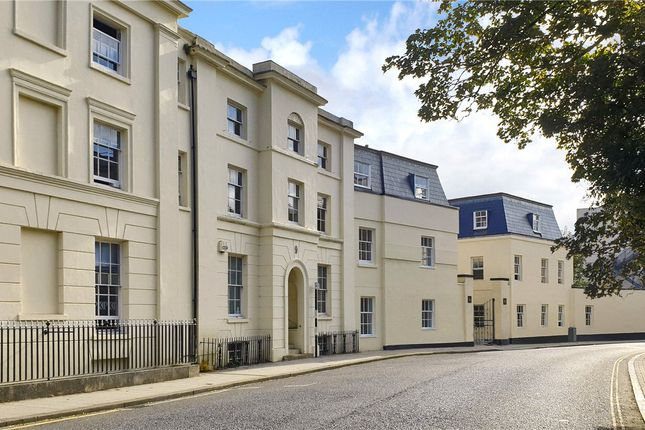 Thumbnail Property for sale in The Courtyard, 8A Carlton Crescent, Southampton