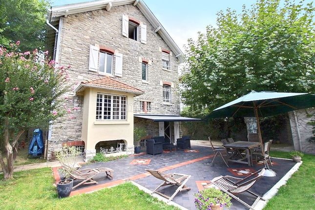 5 bed property for sale in 64100, Bayonne, France