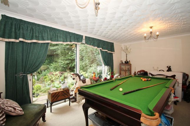 Family Room of Newlands Lane, Meopham, Gravesend DA13