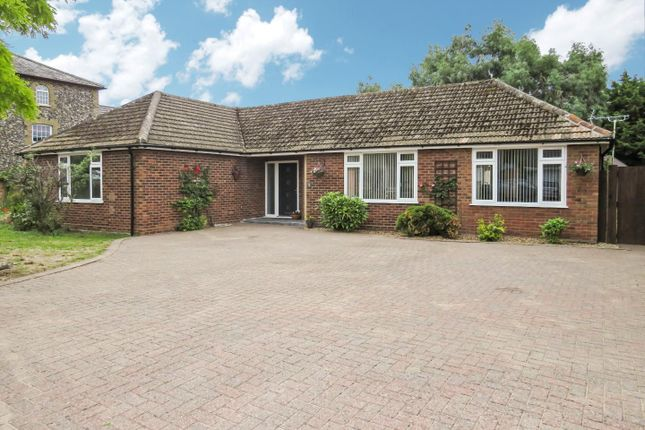 3 bed detached bungalow for sale in Mill Road, Lakenheath, Brandon IP27