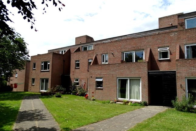 Thumbnail Flat to rent in Fourgates, Dorchester