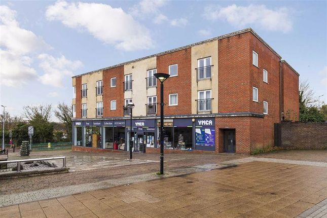 2 bed flat for sale in London Road, Swanley BR8