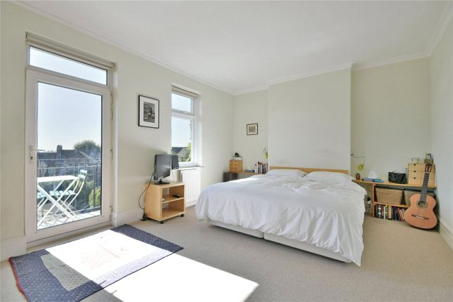 Cholmley Gardens, West Hampstead NW6, 4 bedroom flat for ...
