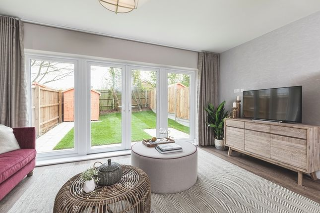 Thumbnail Semi-detached house for sale in Broadwater Gardens, London