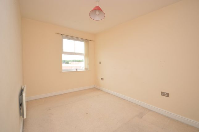 Bedroom One of Palatine House, Olsen Rise, Lincoln, Lincolnshire LN2