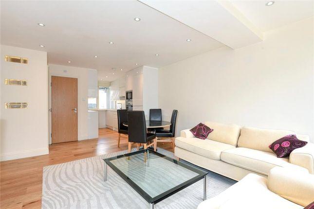 2 bed flat to rent in Praed Street, Paddington