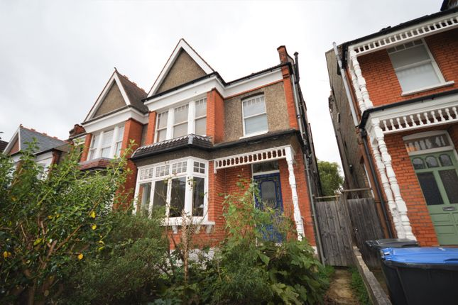 Thumbnail Flat to rent in Old Park Road, Palmers Green