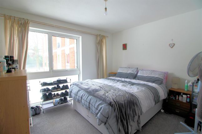 Bedroom 1 New of Brantwood Gardens, West Byfleet KT14