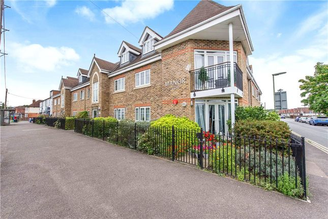 Thumbnail Flat for sale in Thorpe Road, Staines-Upon-Thames