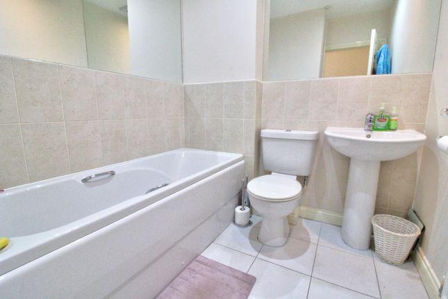 Bathroom of Rennison Mews, Blaydon-On-Tyne NE21