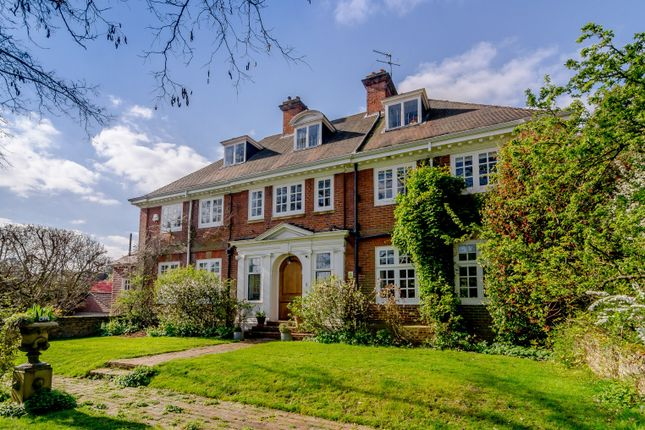 Thumbnail Detached house for sale in Broom Way, Weybridge